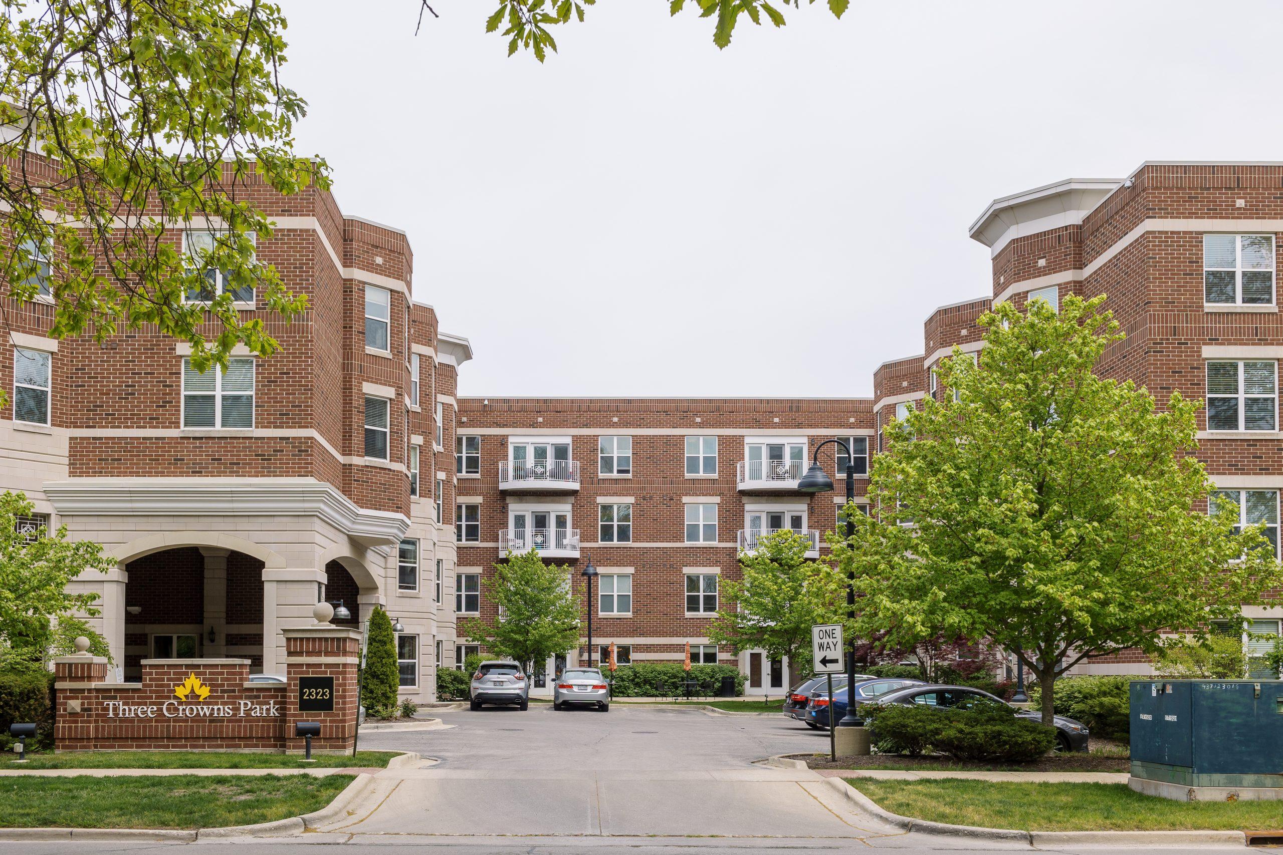 Three Crowns Park Evanston IL